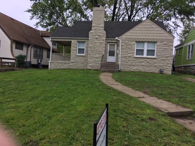 1815 E 75th Street, Kansas City, MO 64132 (#2162313) :: House of Couse Group