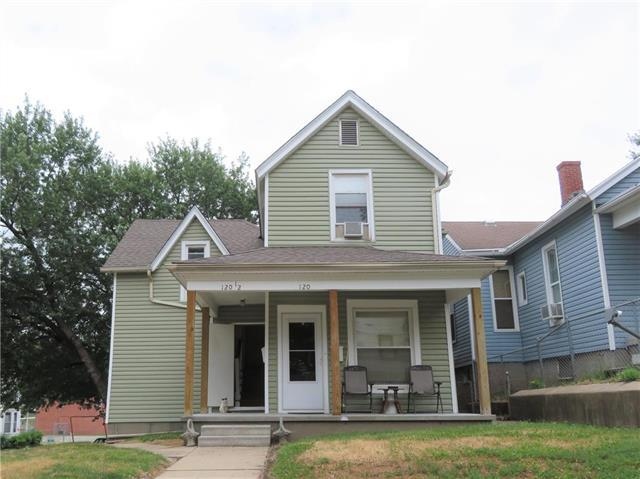 120 S 19th Street, St Joseph, MO 64501 (#2162391) :: Clemons Home Team/ReMax Innovations