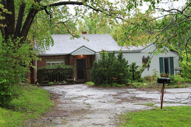1004 S Home Avenue, Independence, MO 64053 (#2162423) :: Edie Waters Network