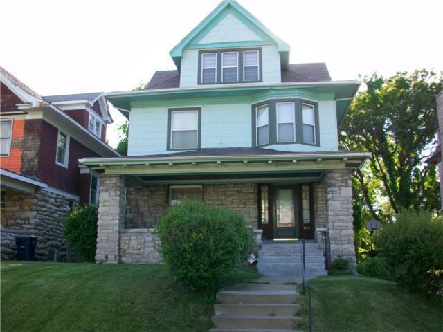 2530 Benton Boulevard, Kansas City, MO 64127 (#2162480) :: House of Couse Group