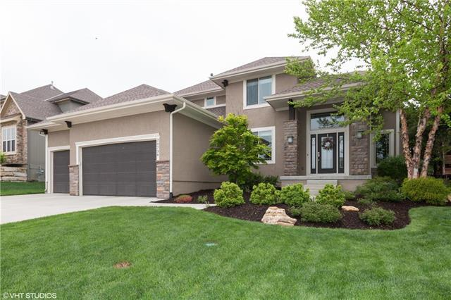 20738 W 68th Street, Shawnee, KS 66218 (#2162487) :: House of Couse Group