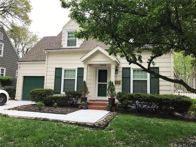 5449 Norwood Street, Fairway, KS 66205 (#2162506) :: House of Couse Group