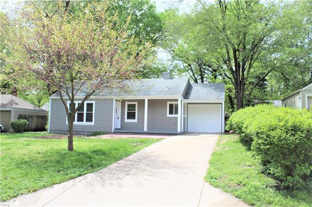 5118 Ash Street, Roeland Park, KS 66205 (#2162548) :: House of Couse Group