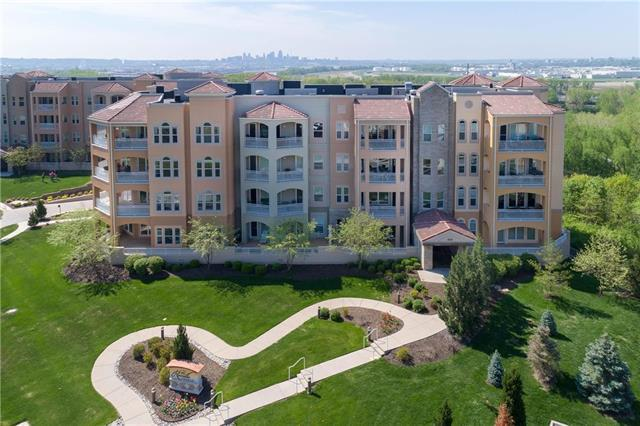 3810 N Mulberry Drive #205, Kansas City, MO 64116 (#2162594) :: Team Real Estate