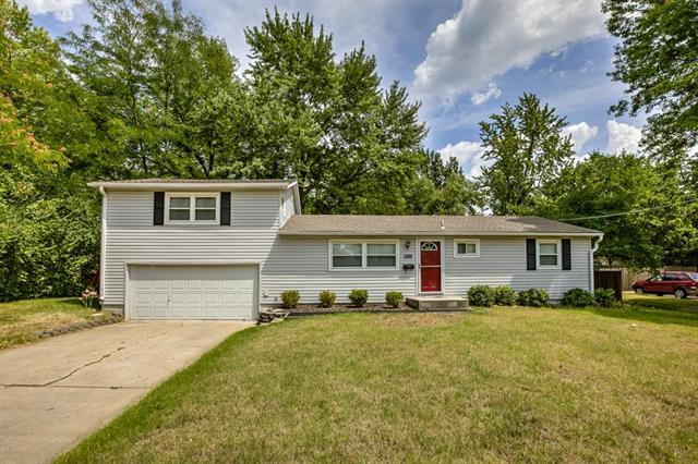 4731 El Monte Street, Roeland Park, KS 66205 (#2162920) :: House of Couse Group