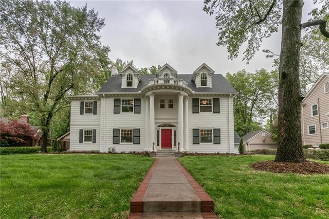 1224 Stratford Road, Kansas City, MO 64113 (#2163063) :: House of Couse Group