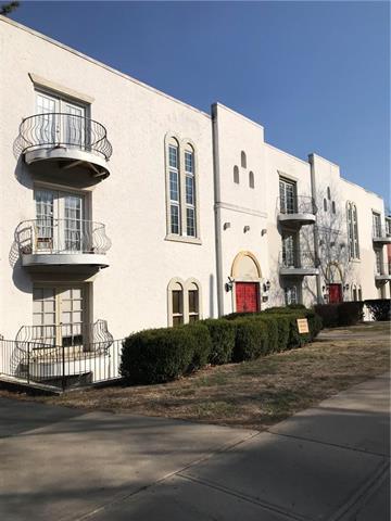 4335 Oak Street #12, Kansas City, MO 64111 (#2163126) :: Eric Craig Real Estate Team