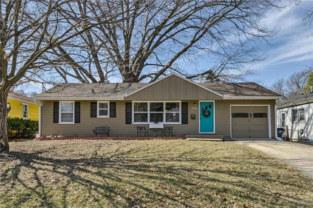 5430 Horton Street, Mission, KS 66202 (#2163365) :: House of Couse Group