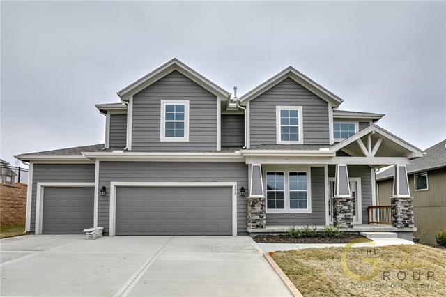 2770 W Concord Drive, Olathe, KS 66061 (#2163378) :: House of Couse Group