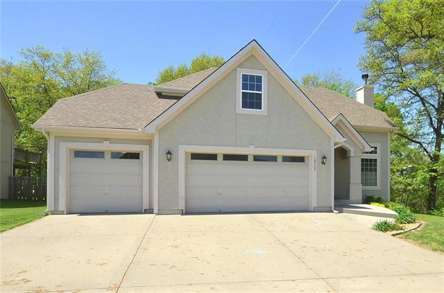 18112 Belinda Drive, Smithville, MO 64089 (#2163521) :: Eric Craig Real Estate Team