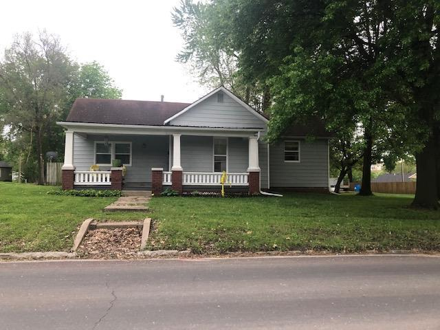 121 E 15th Street, Higginsville, MO 64037 (#2163802) :: House of Couse Group