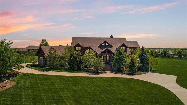 18153 Goddard Court, Overland Park, KS 66013 (#2163824) :: Five-Star Homes