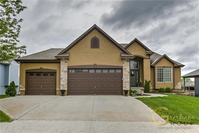 1219 Wiltshire Boulevard, Raymore, MO 64083 (#2163847) :: No Borders Real Estate