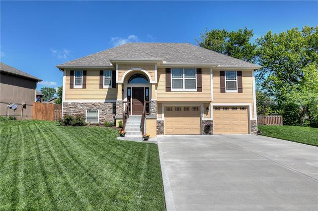 1206 Clear Creek Drive, Kearney, MO 64060 (#2163865) :: Clemons Home Team/ReMax Innovations