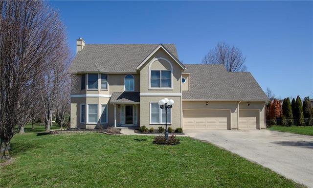 17648 157th Terrace, Basehor, KS 66007 (#2164146) :: Kansas City Homes