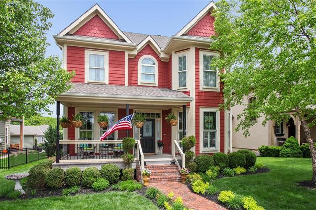 1832 SW Napa Valley Drive, Lee's Summit, MO 64082 (#2164213) :: Kansas City Homes