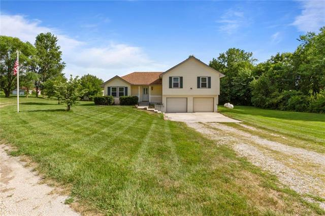 5950 SE Hilltop Road, Holt, MO 64048 (#2164300) :: Eric Craig Real Estate Team