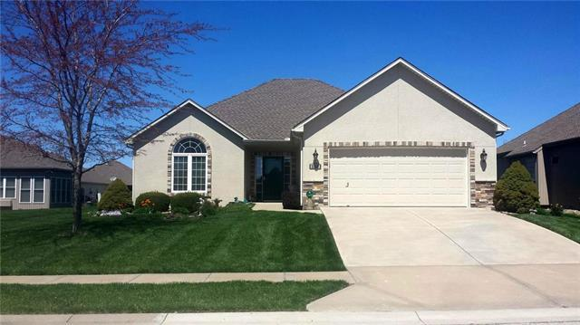 2218 Wind Side Court, Raymore, MO 64083 (#2164312) :: House of Couse Group