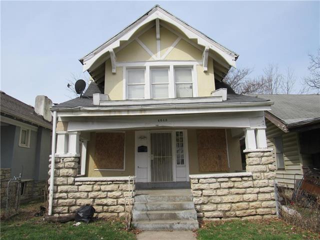 4040 Agnes Street, Kansas City, MO 64128 (#2164392) :: House of Couse Group