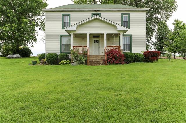 1308 S Outer Belt Road, Oak Grove, MO 64075 (#2164425) :: DHG Network