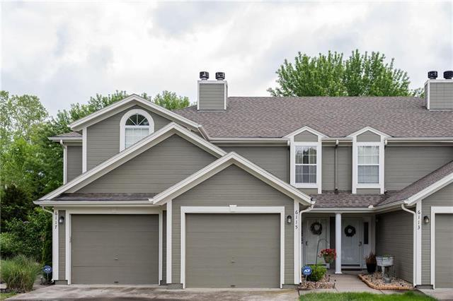 6115 NE Moonstone Court, Lee's Summit, MO 64064 (#2164481) :: House of Couse Group