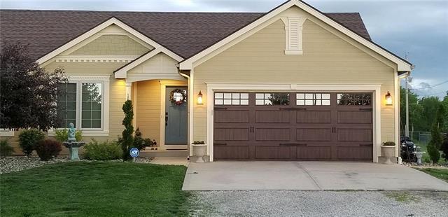 15060 Knight Road, Basehor, KS 66007 (#2164510) :: Kansas City Homes