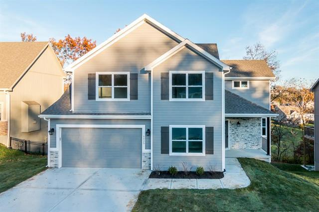 3329 NW 50 Street, Riverside, MO 64150 (#2164529) :: House of Couse Group