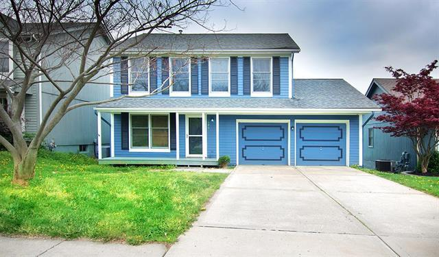 925 NW 63rd Street, Kansas City, MO 64118 (#2164571) :: House of Couse Group