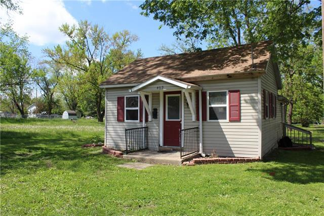 402 W 6th Street, Cameron, MO 64429 (#2164622) :: Team Real Estate