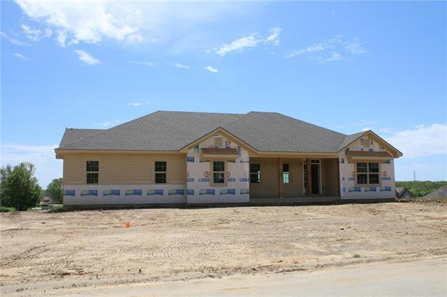 15227 Pine Ridge N/A, Basehor, KS 66007 (#2164697) :: House of Couse Group