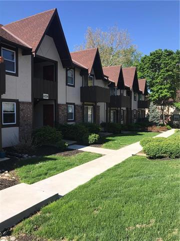6210 Robinson Street #1, Overland Park, KS 66202 (#2164721) :: Eric Craig Real Estate Team