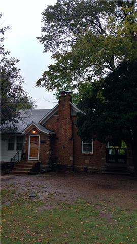 1756 N 42nd Street, Kansas City, KS 66102 (#2164822) :: House of Couse Group