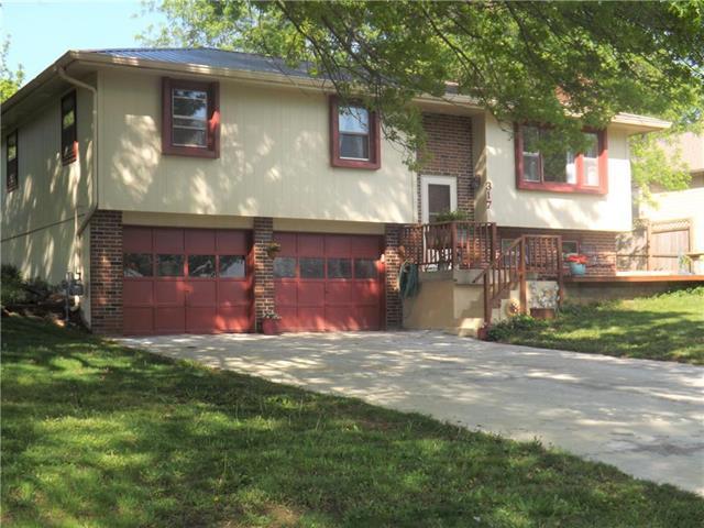 317 Delaware Drive, Ozawkie, KS 66070 (#2164829) :: No Borders Real Estate