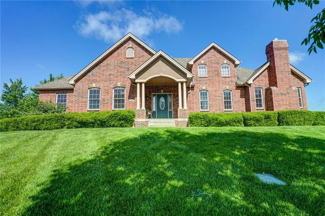 120 NW Morton Court, Lee's Summit, MO 64081 (#2164857) :: House of Couse Group