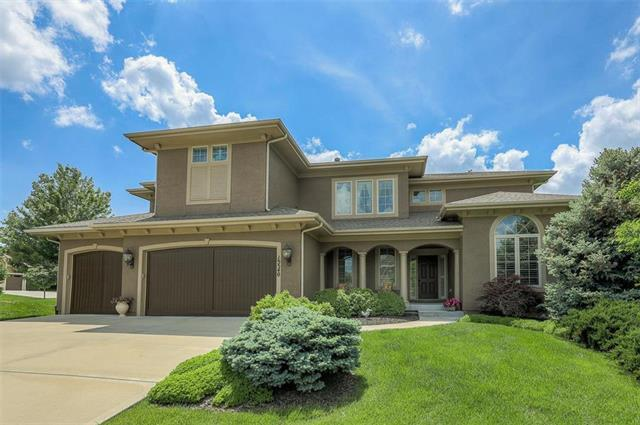 15540 England Street, Overland Park, KS 66221 (#2164902) :: Kansas City Homes