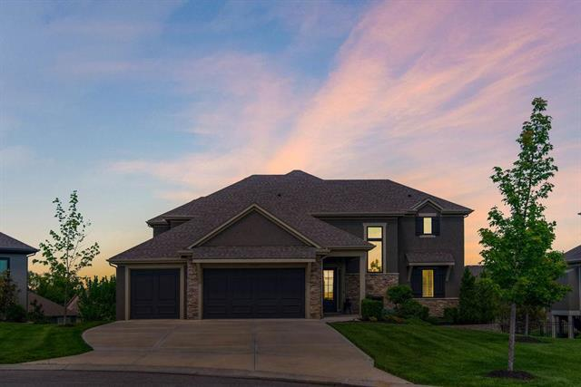 15529 Windsor Street, Overland Park, KS 66224 (#2164929) :: House of Couse Group