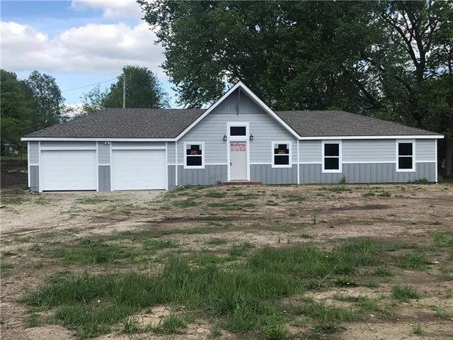13550 158th Street, Bonner Springs, KS 66012 (#2164978) :: No Borders Real Estate