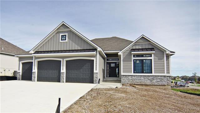 1312 NE Goshen Drive, Lee's Summit, MO 64064 (#2165008) :: House of Couse Group