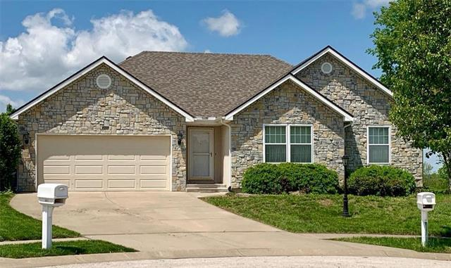 212 S Prairie Rose Circle, Smithville, MO 64089 (#2165015) :: House of Couse Group