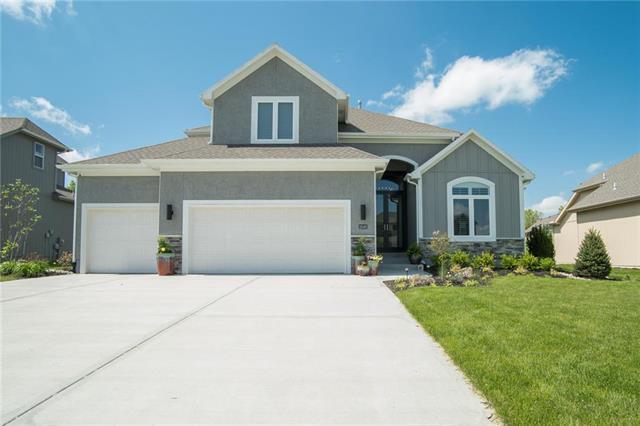 18148 W 164th Terrace, Olathe, KS 66062 (#2165061) :: House of Couse Group