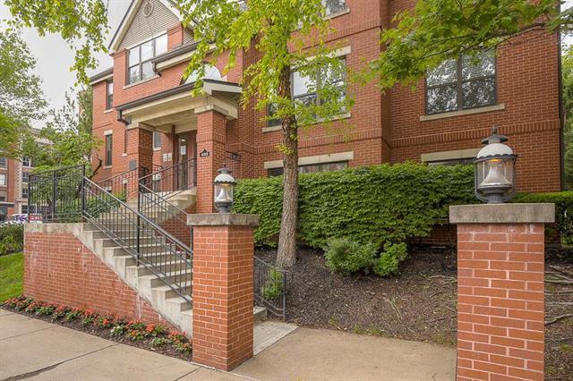425 W 9th #103 Street #103, Kansas City, MO 64105 (#2165066) :: Eric Craig Real Estate Team
