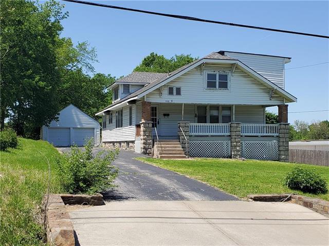 1528 S 42nd Street, Kansas City, KS 66106 (#2165086) :: House of Couse Group
