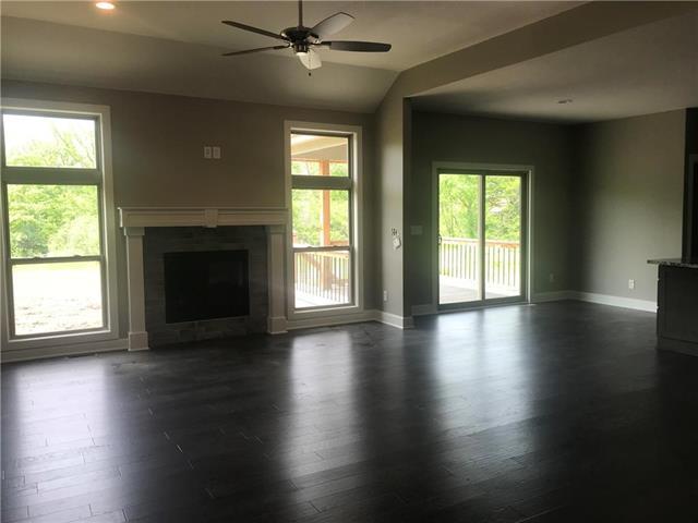 13100 Jacob Lane, Kearney, MO 64060 (#2165094) :: Clemons Home Team/ReMax Innovations