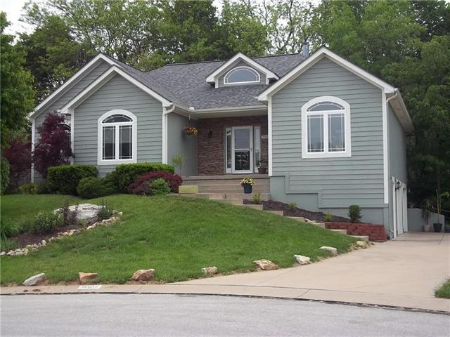 19504 E 14TH Street, Independence, MO 64056 (#2165215) :: House of Couse Group