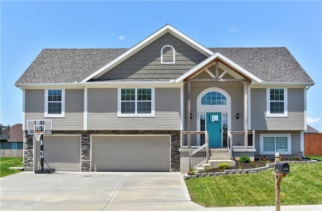 507 Tall Grass Drive, Pleasant Hill, MO 64080 (#2165226) :: No Borders Real Estate