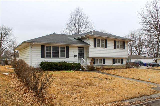 2436 1st Street, Sedalia, MO 65301 (#2165249) :: Team Real Estate