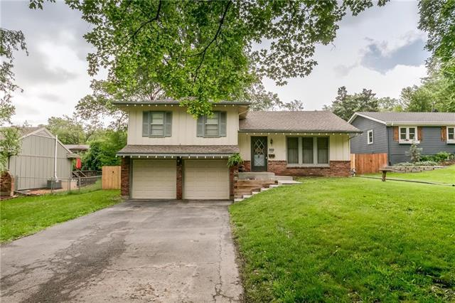 5013 Outlook Street, Mission, KS 66202 (#2165301) :: Team Real Estate