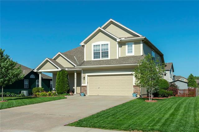 16913 Meadow Creek Court, Belton, MO 64012 (#2165431) :: No Borders Real Estate