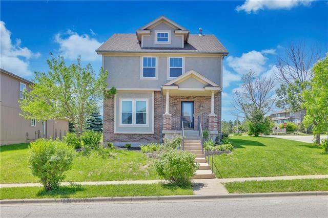 433 N Cedar Hills Street, Olathe, KS 66061 (#2165483) :: House of Couse Group