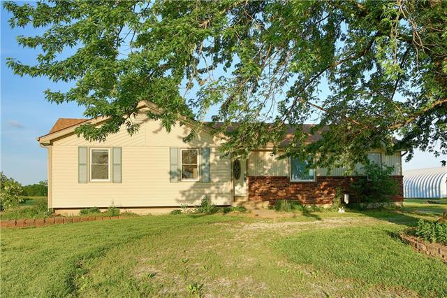 35573 Rockville Road, Louisburg, KS 66053 (#2165503) :: House of Couse Group